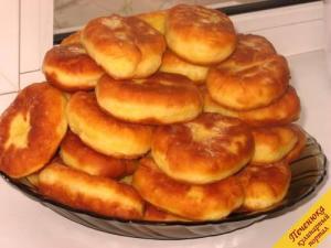 pirozhki-s-kartoshkoj-recept-11-500pech