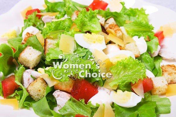салат курица яйца и огурцы листья салата рецепт